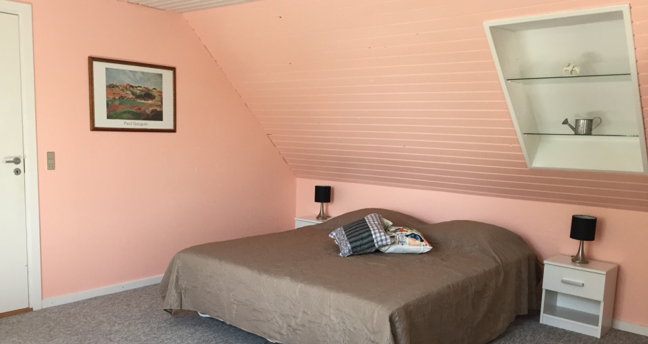 Familie- dobbelt- og enkeltværelser